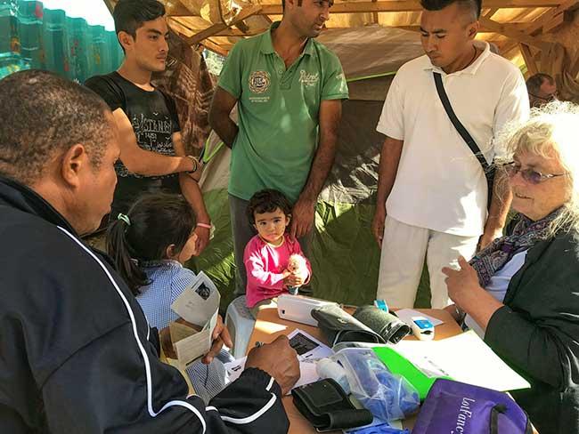 HOG Medical Team & Refugees